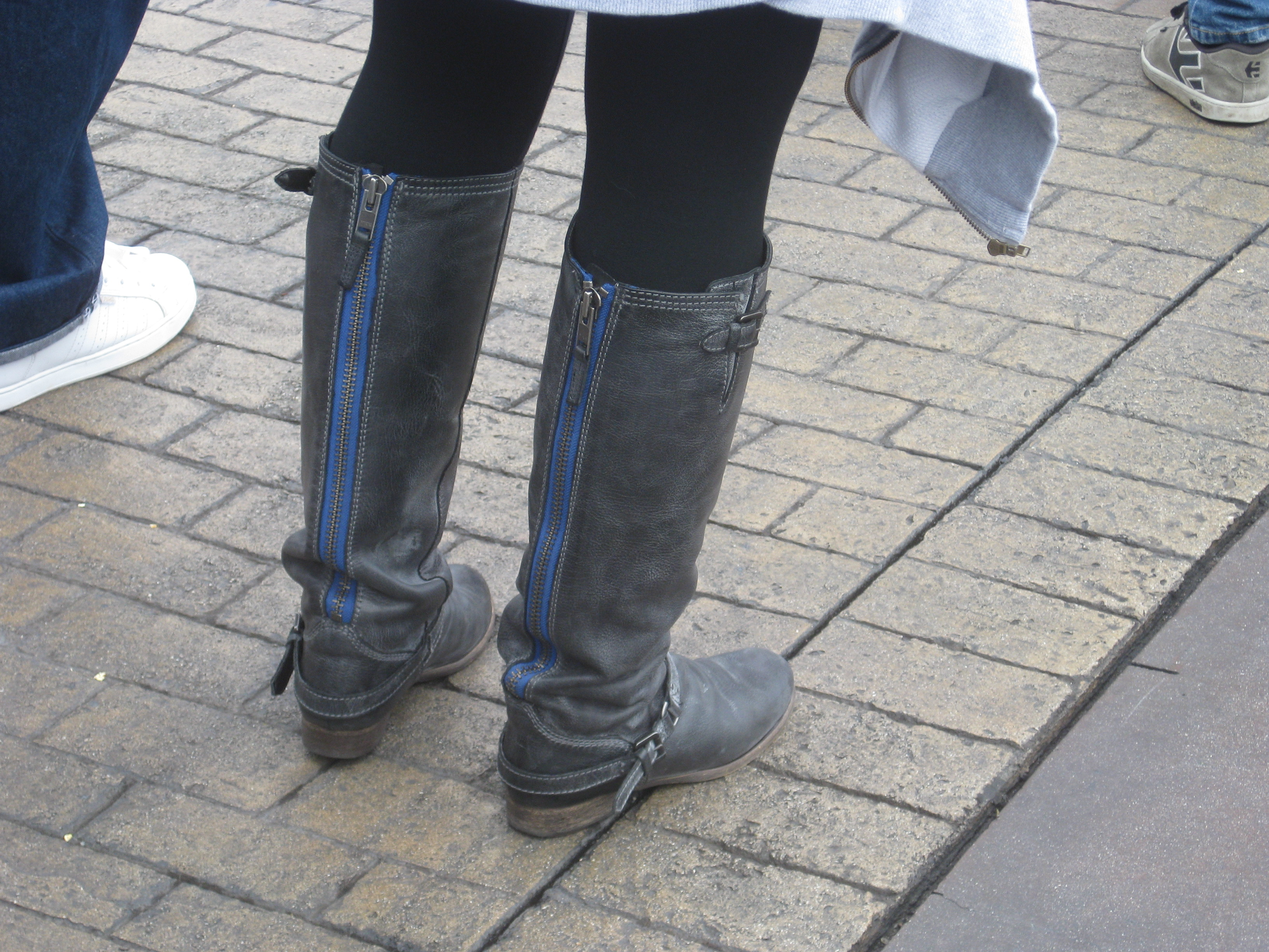 Undomestic Diva: Reward Offered. Find these boots. (Yes, I've got ...